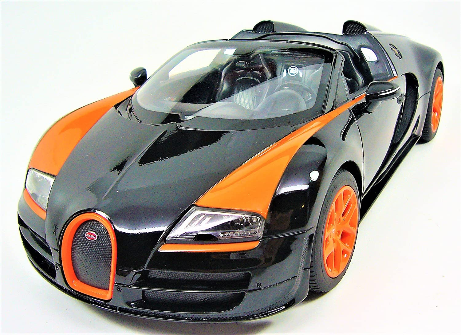 Amazon.com: Radio Remote Control 1/14 Bugatti Veyron 16.4 Grand Sport  Vitesse Licensed RC Model Car (Black): Toys U0026 Games