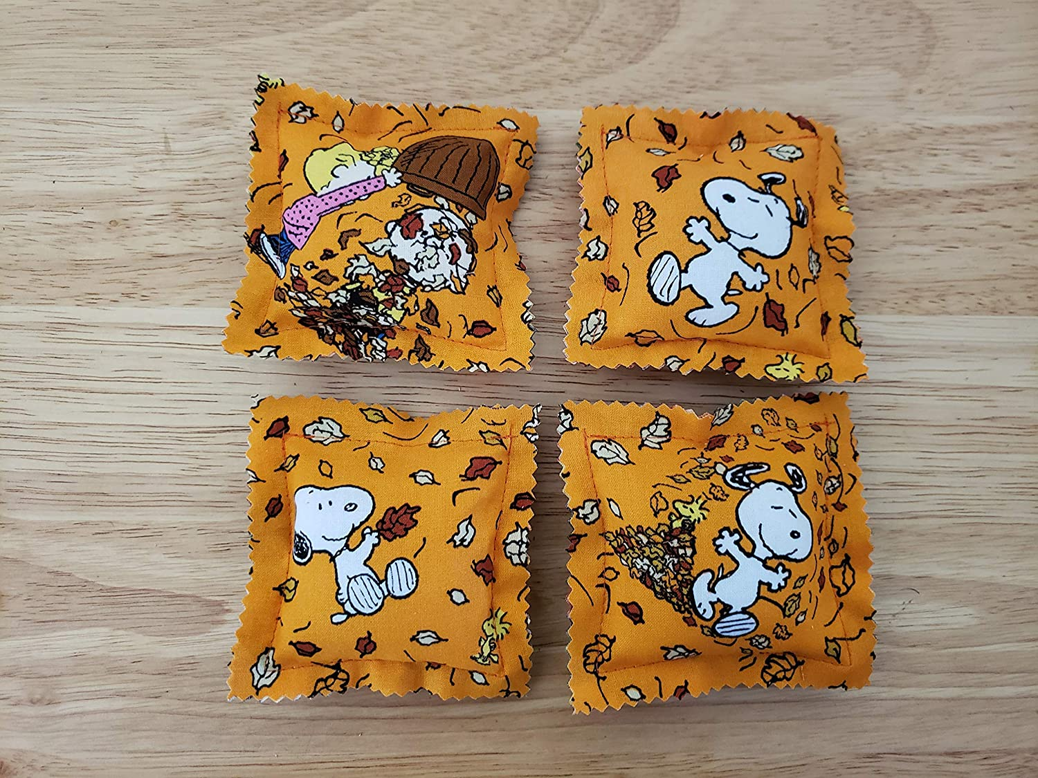 Catnip Ravioli Pillow Toys, Fall, Autumn, Made with Charlie Brown, Snoopy, Woodstock, Fabric, Peanuts, Cat, Cats, Kittens, Set of 4
