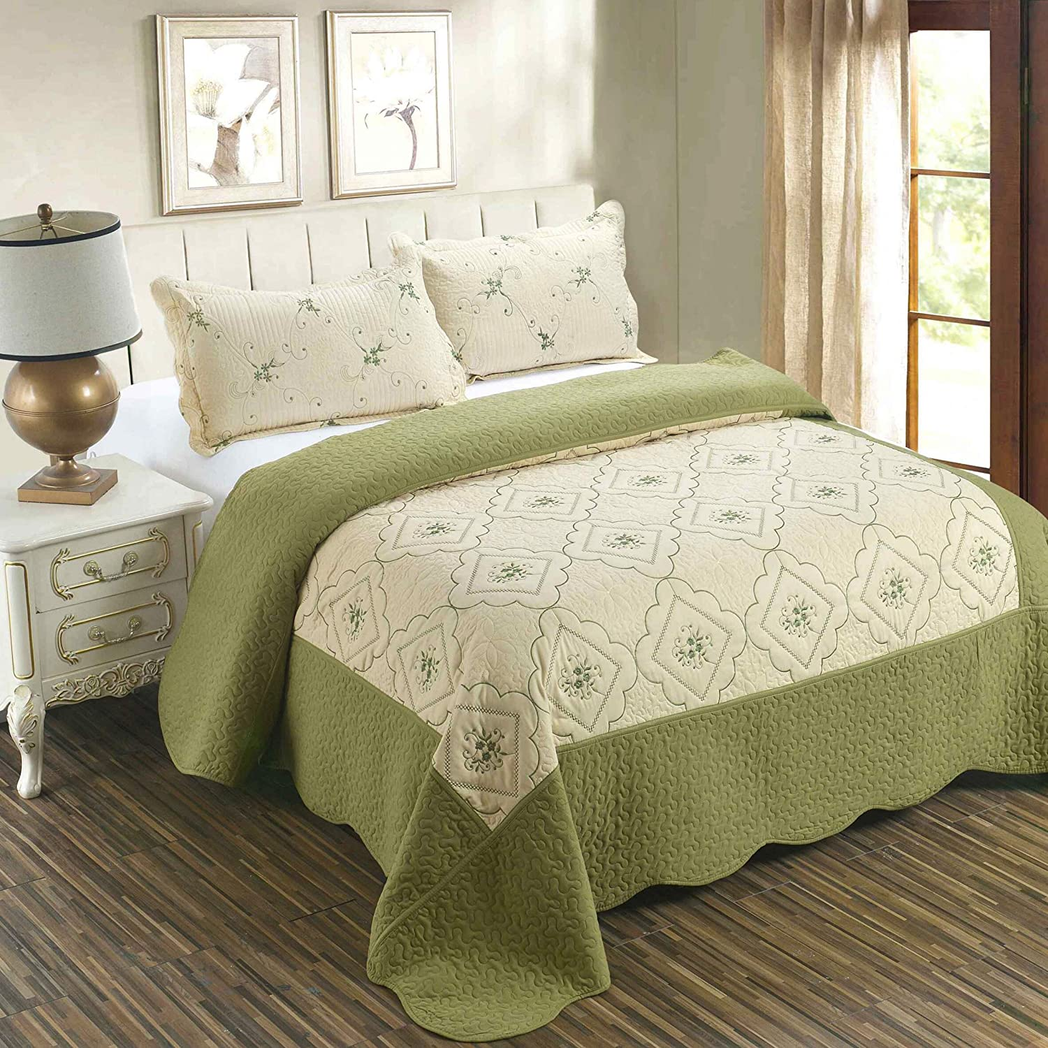 "3-Piece Quilt Coverlet Bedding Set King(90""x102"") Size Bedspread Floral Pattern Exquisite Embroidery Lightweight Hypoallergenic by Jessy Home, Olive"