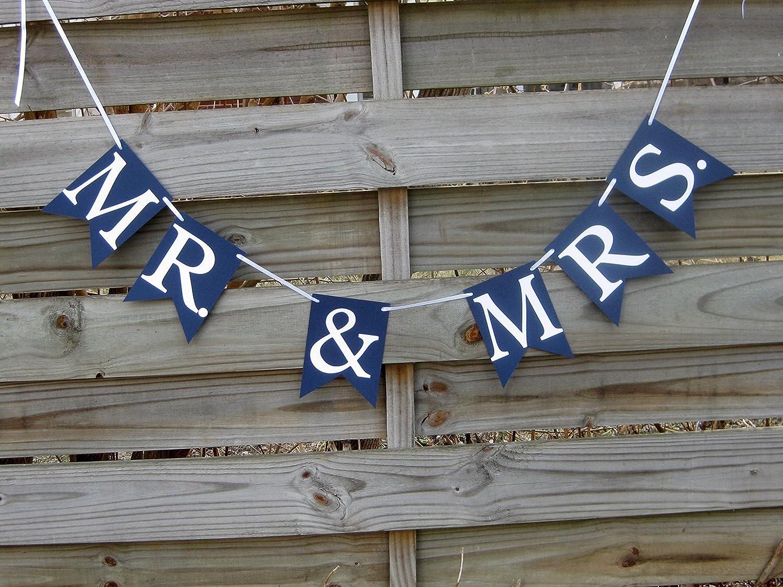 Mr /& Mrs Black /& White 9ft Metallic Foil Banner Wedding Party  Decoration