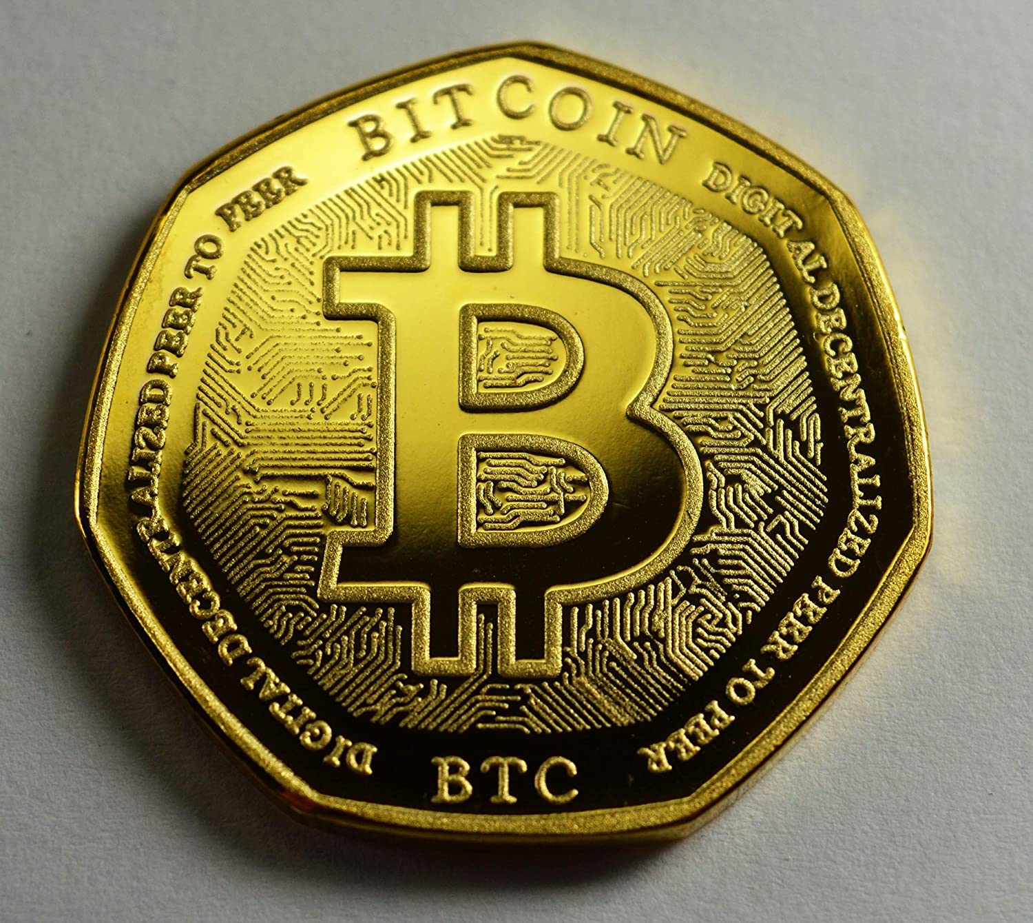 Coin Hunt BITCOIN 24ct Gold Commemorative Coin Albums//50p Collectors