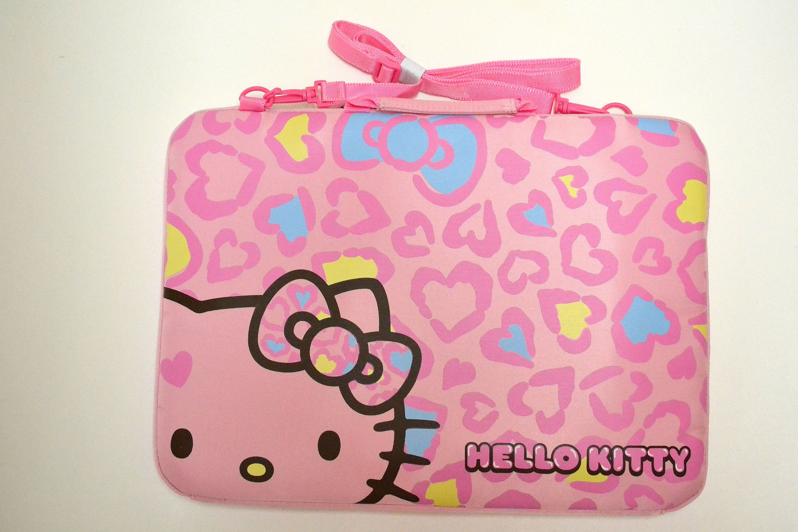 Pink Hello Kitty PC Notebook Laptop Case w/ Handle and Adjustable Strap- 15.5''