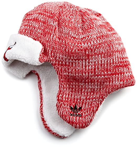 Amazon.com   Chicago Bulls NBA Adidas Trooper Knit Hat   Sports Fan Beanies    Clothing c3eeabc63e6