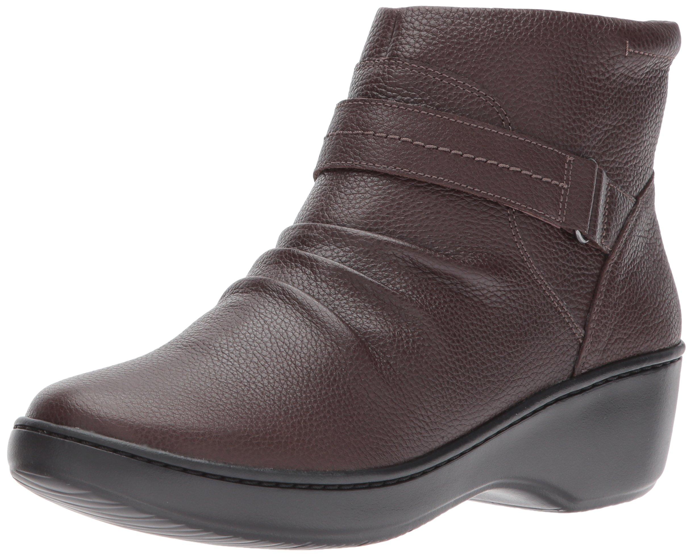 CLARKS Women's Delana Fairlee Ankle Bootie, Dark Brown Leather, 6.5 M US