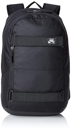d4a4a3632f4cf Amazon.com  Nike SB Courthouse Backpack  Clothing