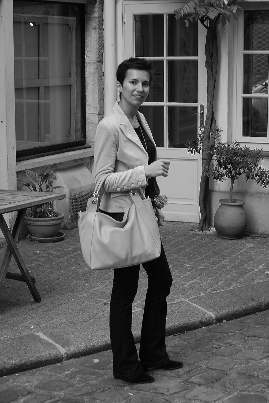 OH MY BAG Sac porté épaule Cuir porté épaule main bandoulière et de travers Femmes en véritable cuir fabriqué en Italie - modèle PARIS - SOLDES Taupe Foncé