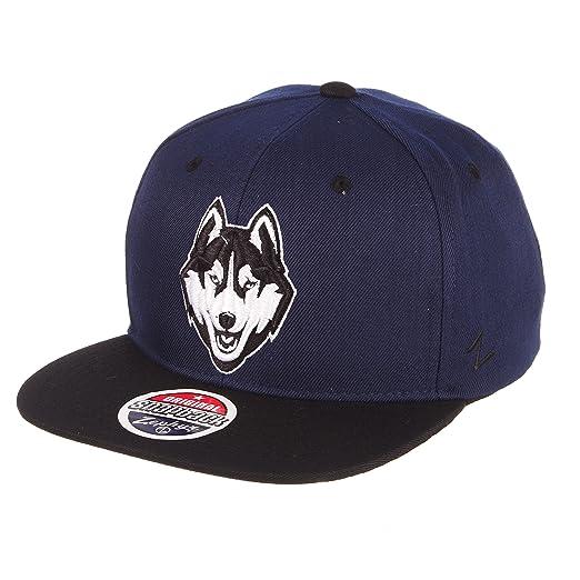 new product 403bb 489d5 ZHATS NCAA Connecticut Huskies Men s Z11 Static Snapback Hat, Adjustable,  Black Team Color