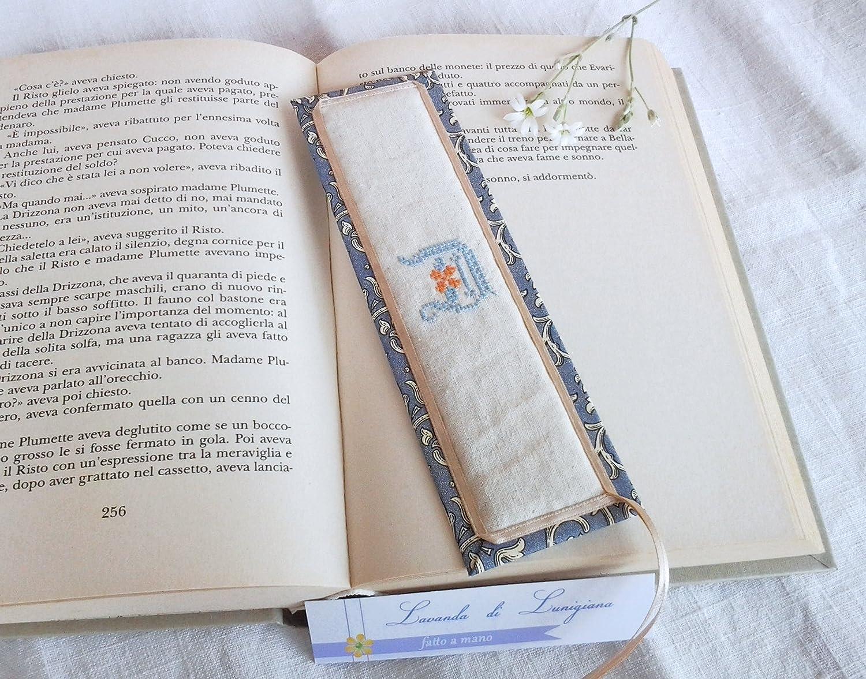 4f7844bcf6e0fd Bookmarks. Monogram