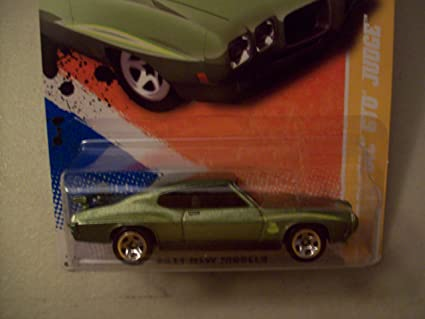 Amazon Hot Wheels 2011 New Models Green 1970 Pontiac Gto Judge