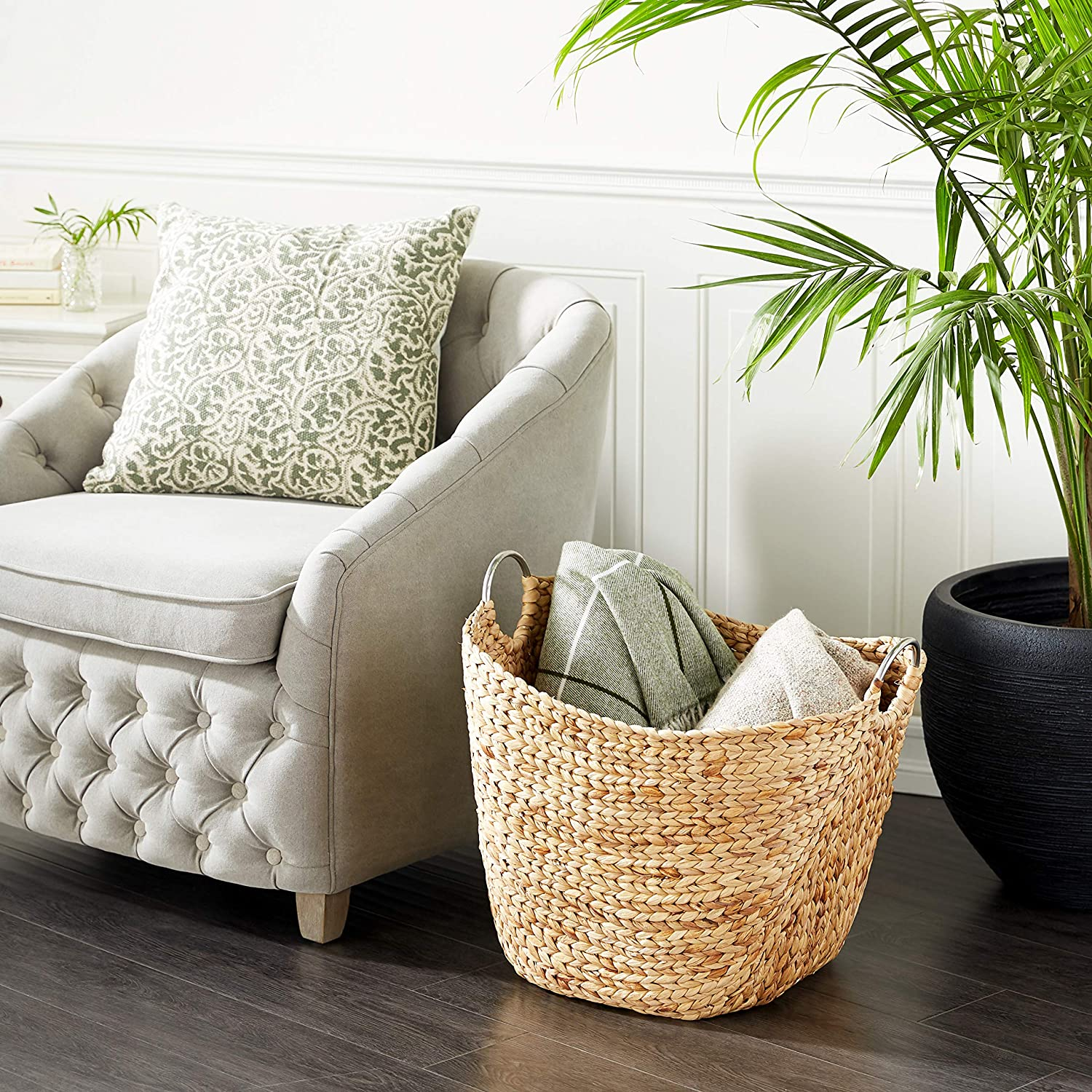 """Deco 79 49044 Modern Brown Seagrass Basket With Handles 19"""" X 21"""""""