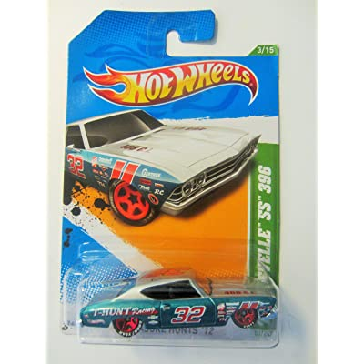 2012 Hot Wheels Treasure Hunts '69 Chevy Chevelle SS 396 Silver/Blue Green #53/247: Toys & Games
