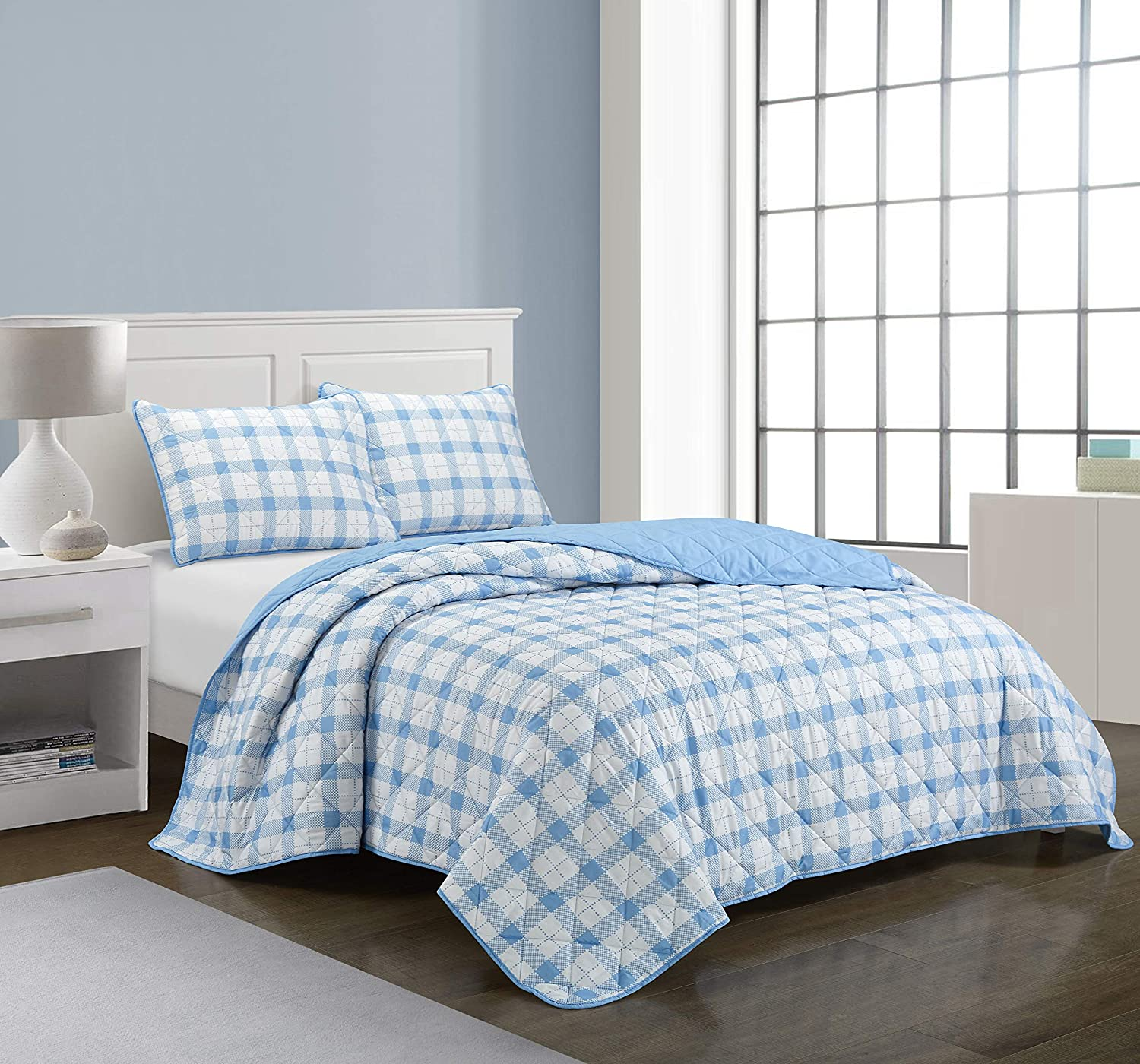 Casa Dottie All Season Machine Washable Alternative Reversible Gingham Buffalo Check Ultra Soft Lightweight Microfiber Quilt Set, Twin XL, Blue