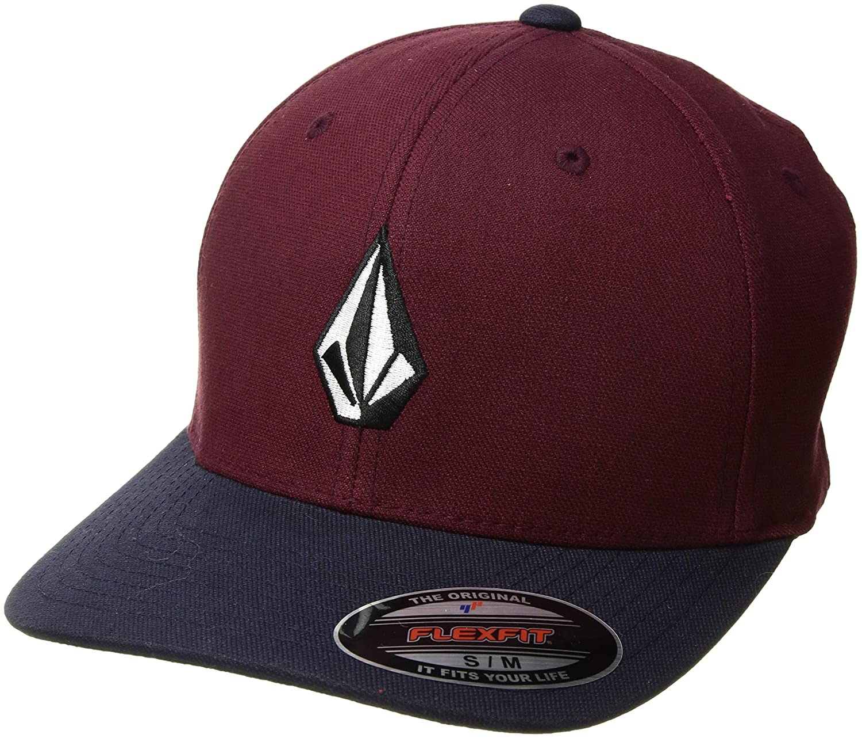 51991a82ea0ee Amazon.com  Volcom Men s Full Stone Flexfit Hat  Clothing