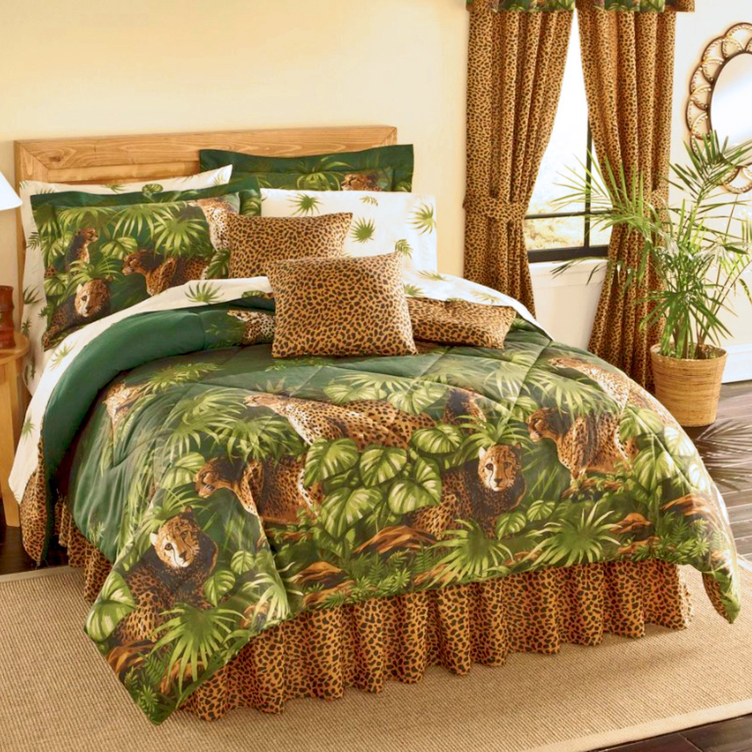 Safari CHEETAH LEOPARD CATS Comforter & Sheet Set With Palm Leaf Foliage (8pc Queen Size(86''x86'') Bed In A Bag Set)