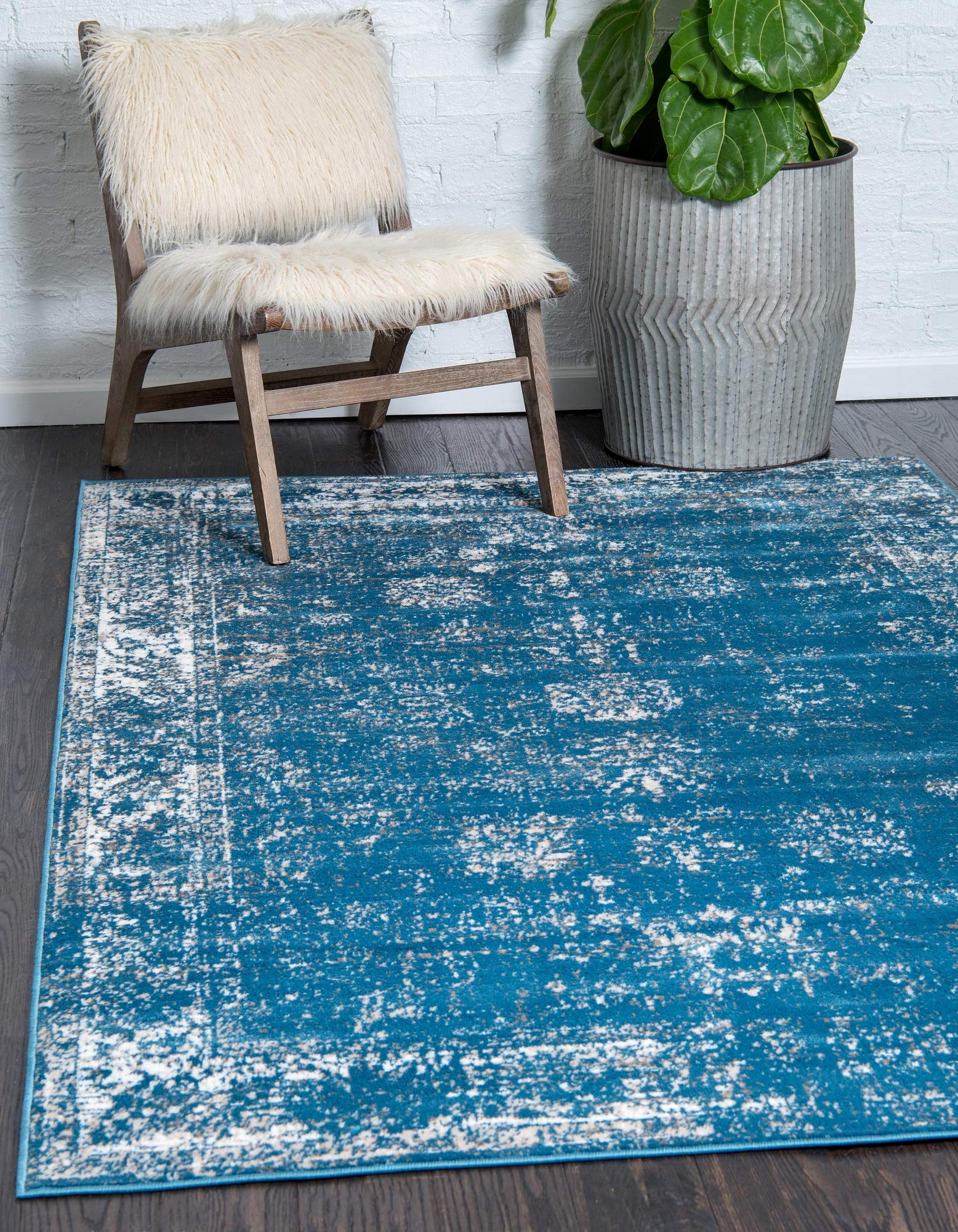 Unique Loom Sofia Traditional Area Rug, 5' 0 x