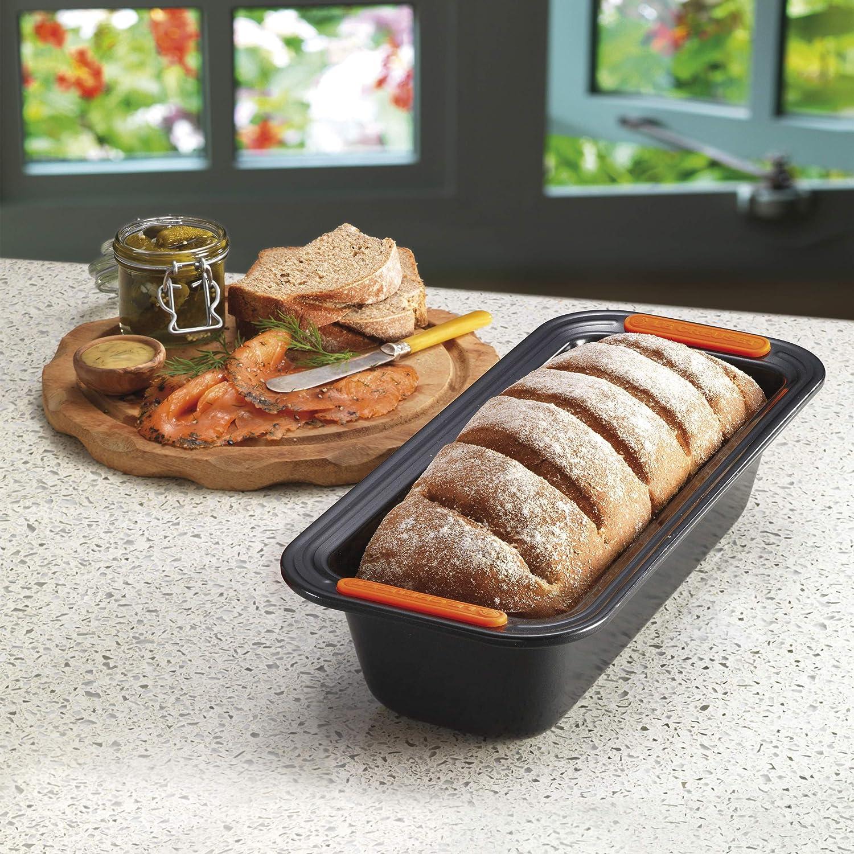 Le Creuset 941003290 Molde Antiadherente para Plum Cake, Rectangular, 23,5 x 13,5 cm, Libre de PFOA, Resistente a ácidos, Revestimiento de Acero al ...