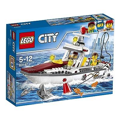 LEGO City - Barco de Pesca (60147): Juguetes y juegos