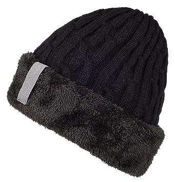 Un sombrero para usarlo a diario camino a la oficina o para una salida  divertida entre amigos. Está elaborado con tela gruesa e interior cálido  para ... 0e0ebc15fe1