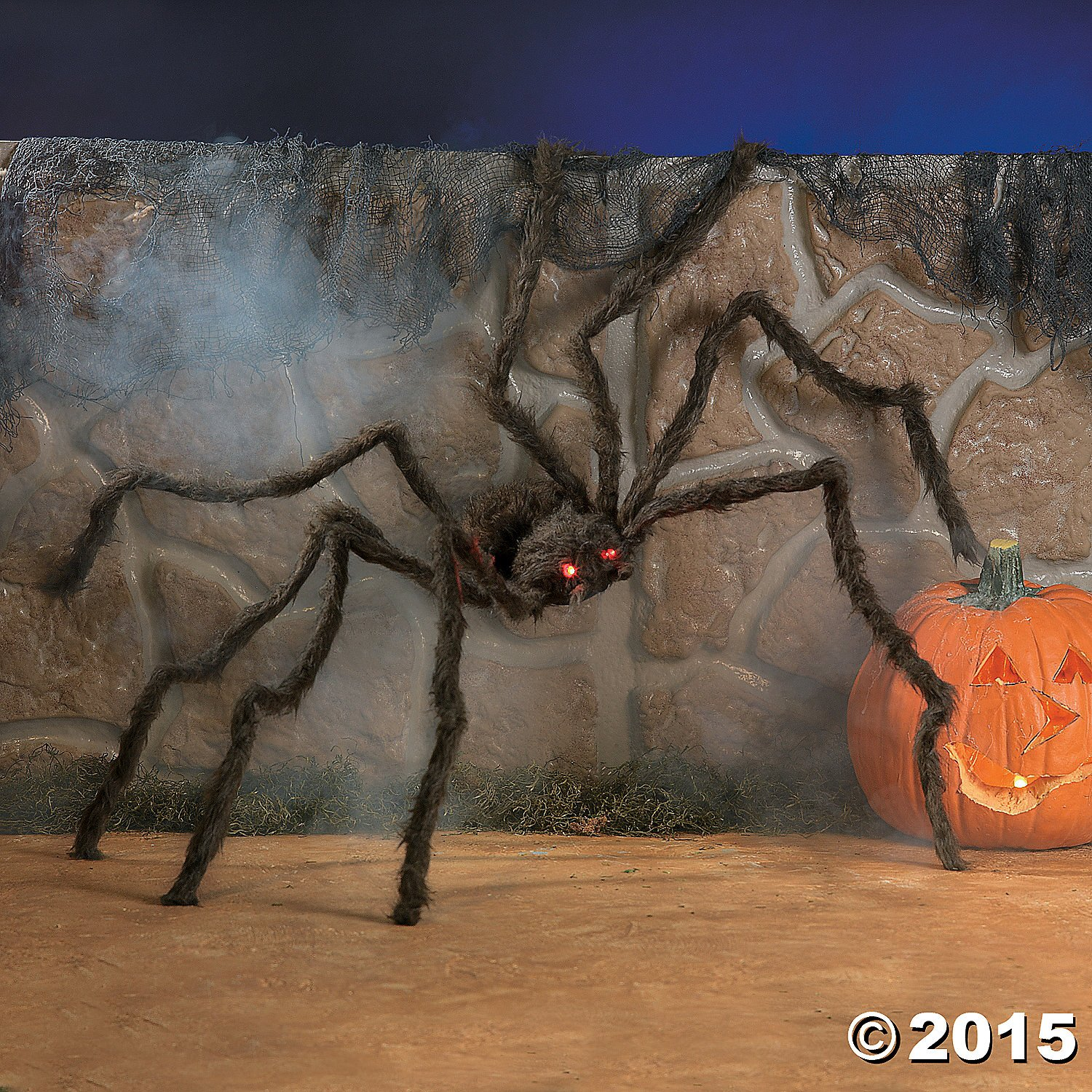 Amazon.com: Fun Express Realistic Hairy Spider With LED Eyes: Toys ...
