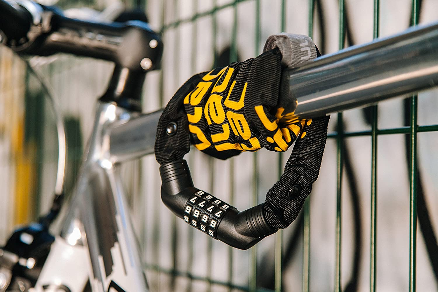 Resettable 4-Digit Combination Anti-Theft Bicycle Lock ULAC Street Fighter Neo Chain Lock Combo Stealth