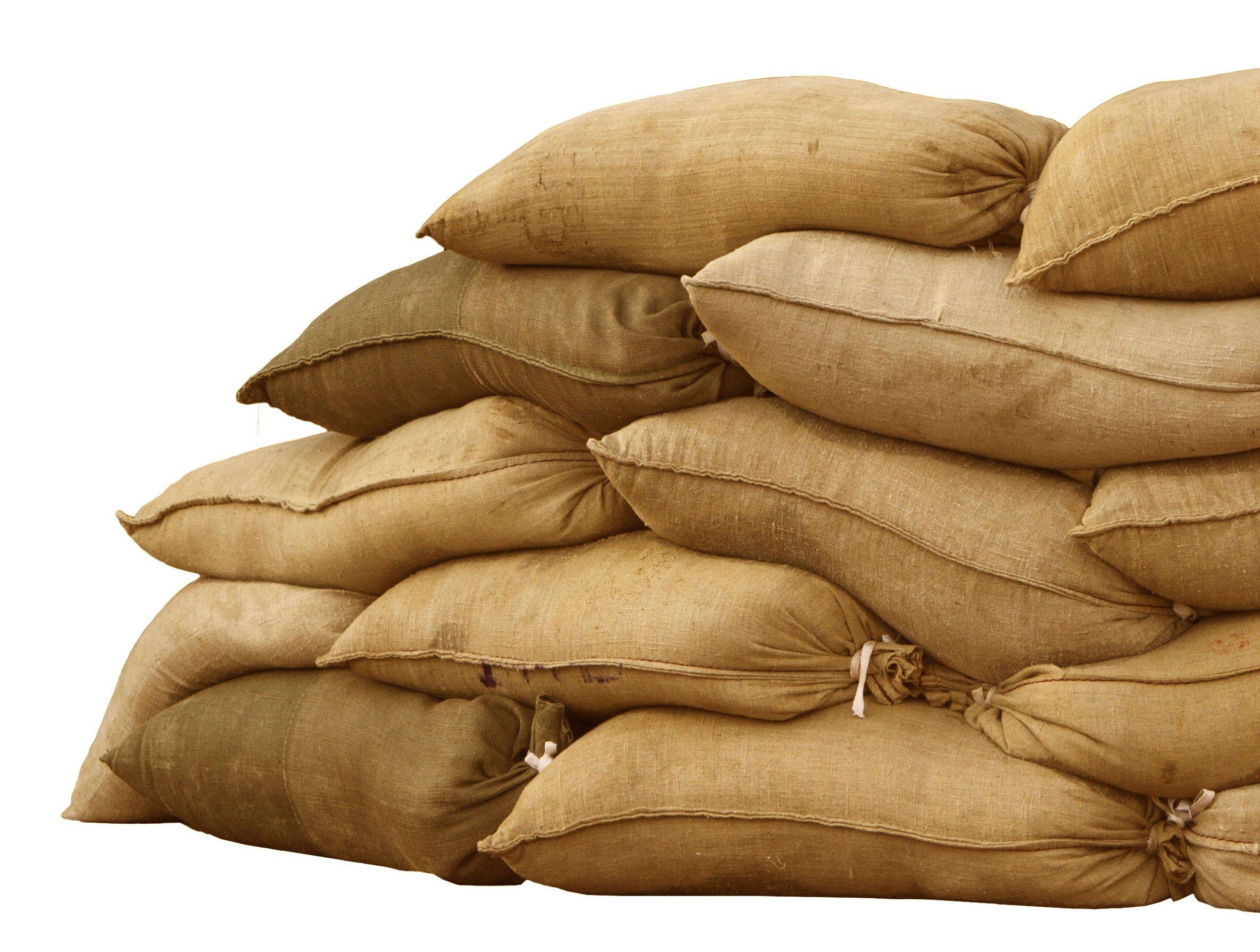 Sandbaggy Burlap Sand Bag - Size: 14'' x 26'' - Sandbags 50lb Weight Capacity - Sandbags for Flooding - Sand Bag - Flood Water Barrier - Water Curb - Tent Sandbags - Store Bags (5 Bags) by Sandbaggy (Image #1)