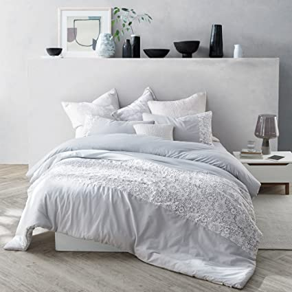 best choice clearance sale new york Amazon.com: Byourbed White Lace Twin Comforter - Oversized ...