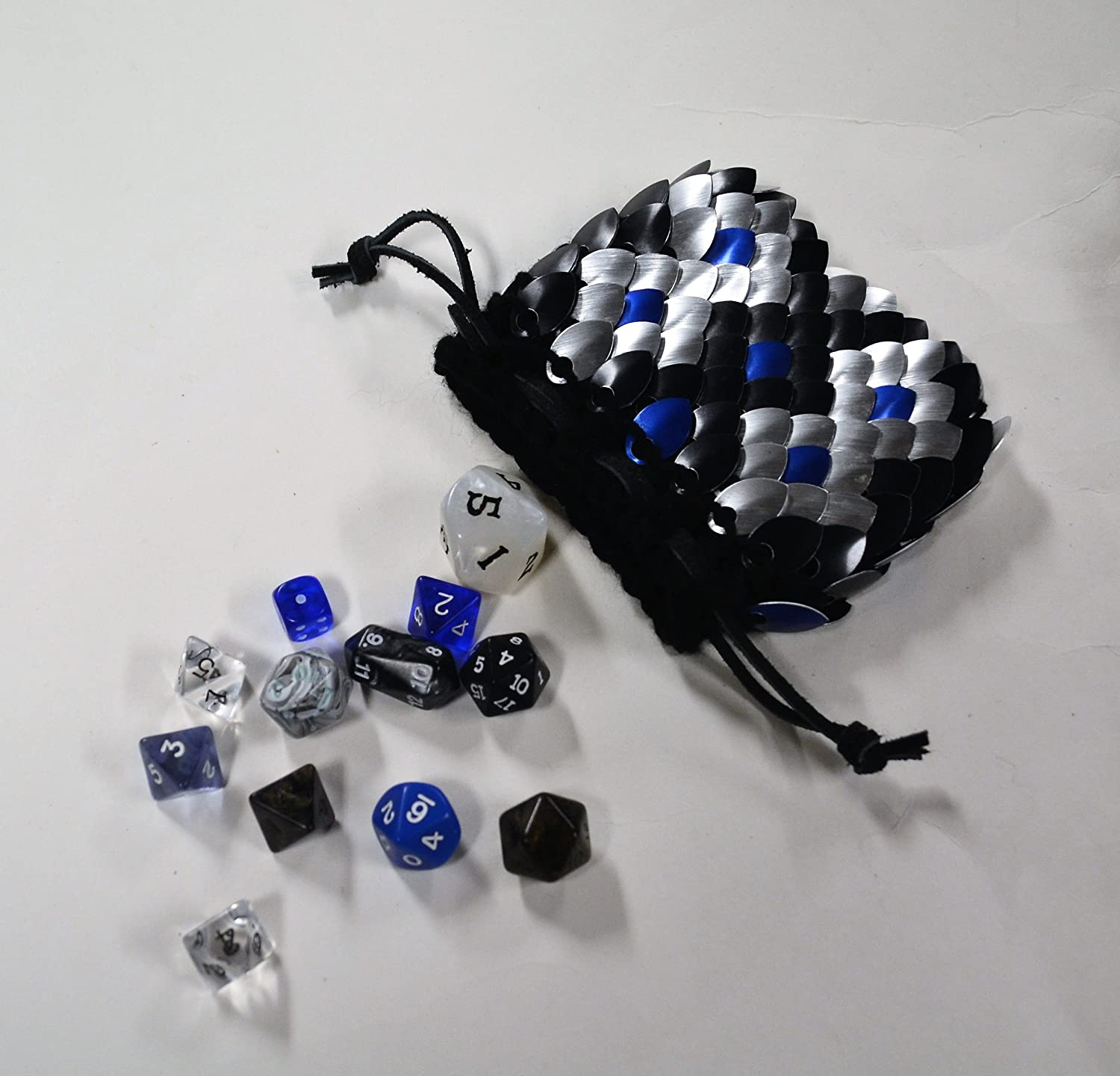 Dice Bag in knitted Scale Armor Dragonhide