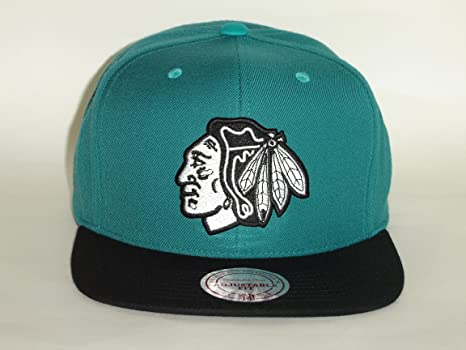 Image Unavailable. Image not available for. Color  Mitchell   Ness NHL  Chicago Blackhawks 2Tone Turquoise Black Snapback ... de2807f0065d