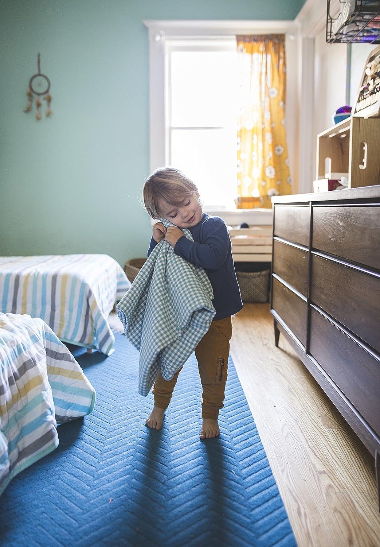 Amazon.com: Henry y Bros. Doble Capa bebé grande Manta, niña ...