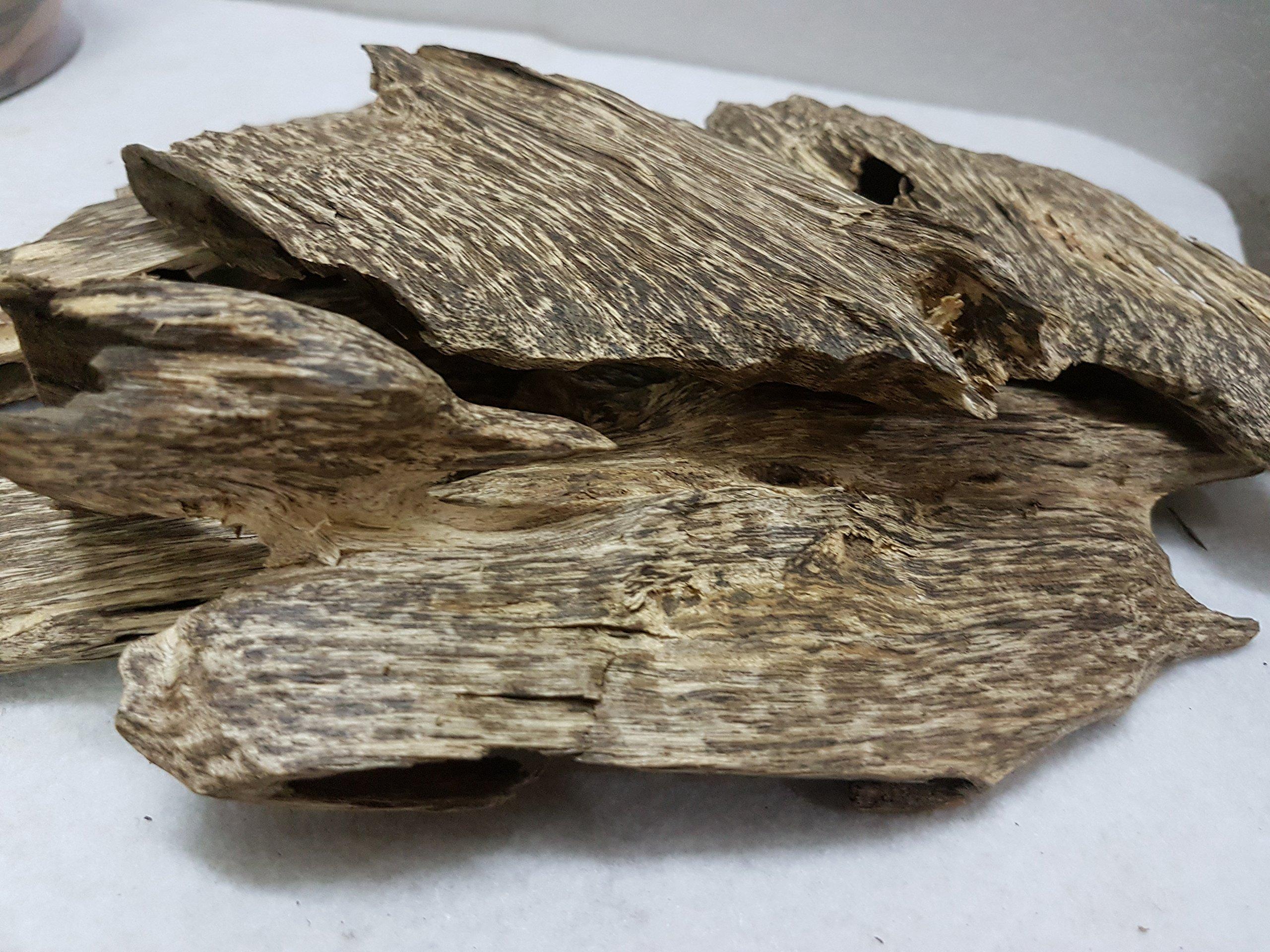 300gr Viet Nam Natural High Oil Agarwood Aloeswood chips - Grade A