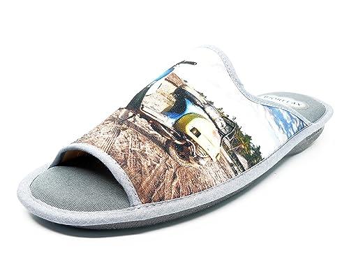 Zapatilla hombre de andar por casa marca BIORELAX, lona color gris, adorno vespa -