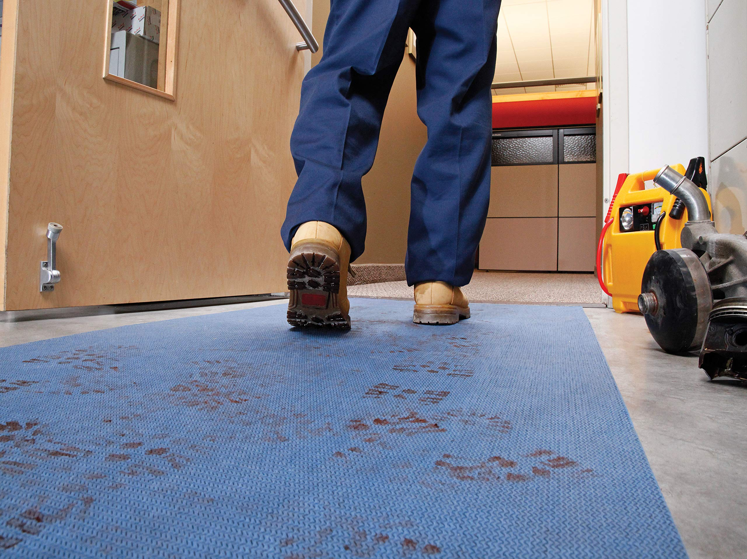 New Pig Protective Floor Mat for Contracting Projects - PM50240