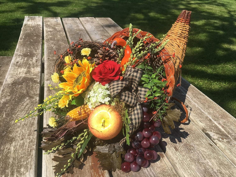 fall cornucopia, Thanksgiving decor