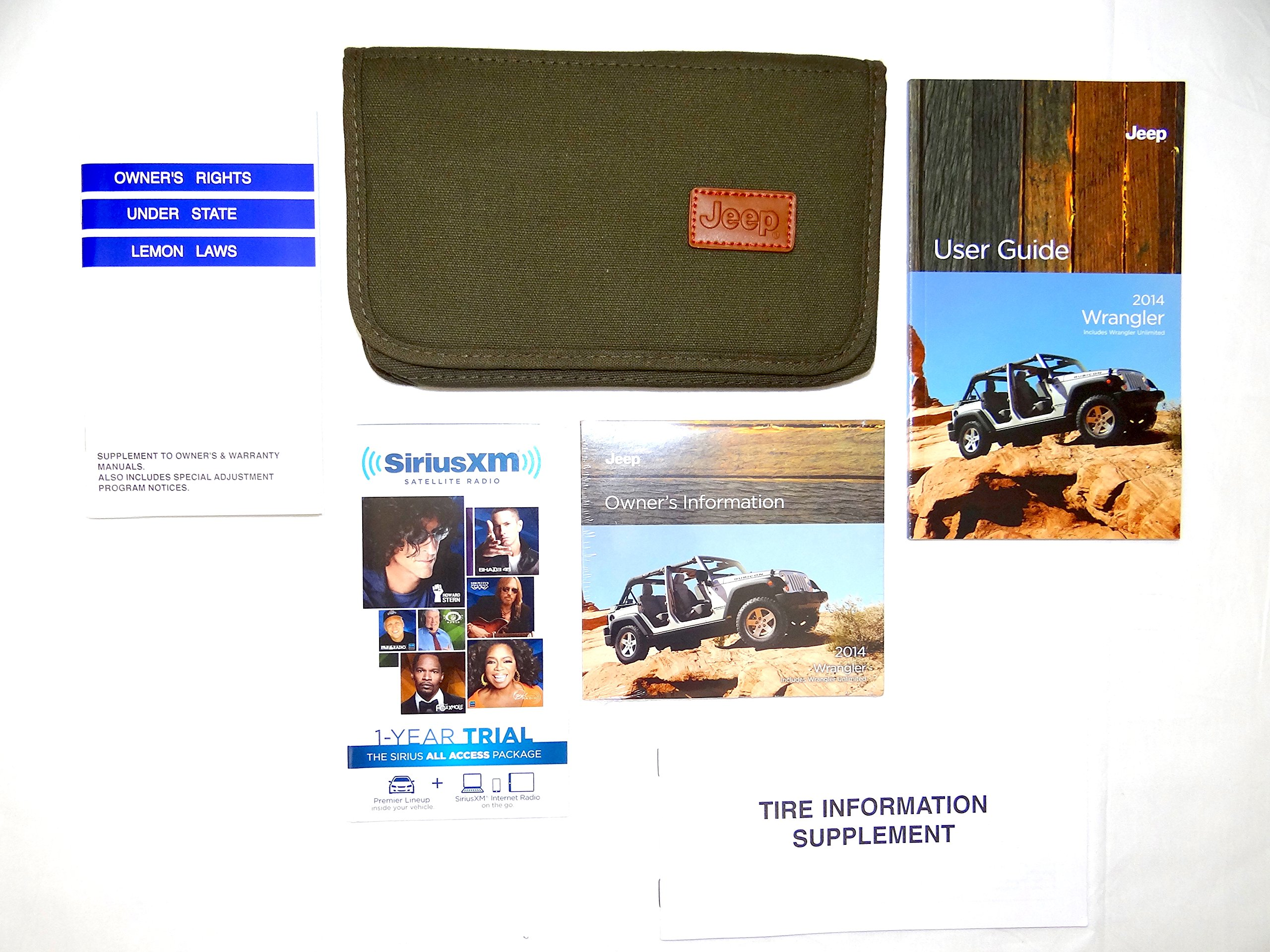 2014 Jeep Wrangler Owners Manual with Case: Jeep: 0708676917836:  Amazon.com: Books