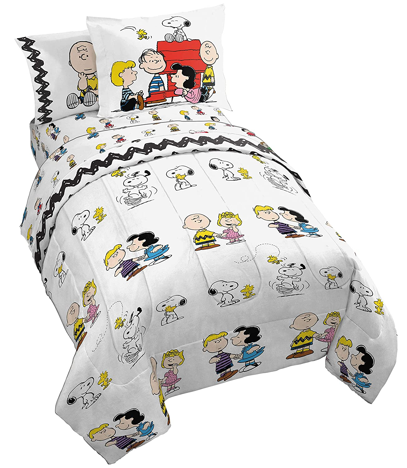 Peanuts Classic Pals 5 Piece Twin Bed Set - Includes Reversible Comforter & Sheet Set - Bedding Features Snoopy & Charlie Brown - Super Soft Fade Resistant Microfiber - (Official Peanuts Product)