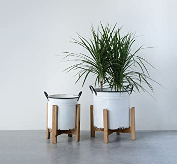 Creative Co-Op DA9504 Set of 2 White Planters on Wood Stands