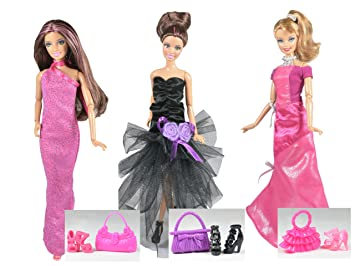 ADM 1020 – Moda de las famosas: Hollywood (Set de 3 vestidos con zapatos