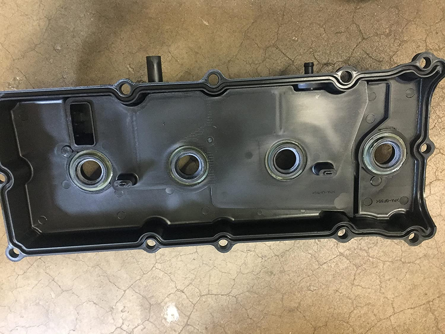 DRIVERS QX56 NEW OEM NISSAN VALVE COVER TITAN LEFT SIDE COVER ARMADA