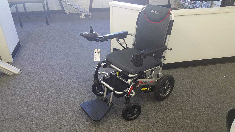 Amazon.com: Jazzy Passport Power - Silla de ruedas plegable ...