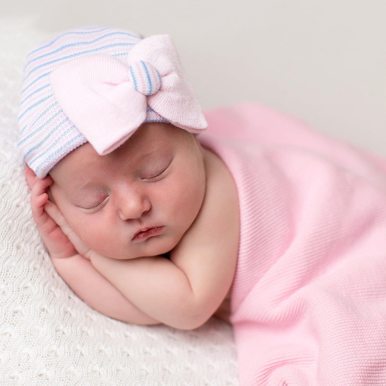 Amazon.com  Melondipity s Sweet Pea Newborn Girl Hospital Hat and Nursery  Beanie  Clothing 4645b5b0c318
