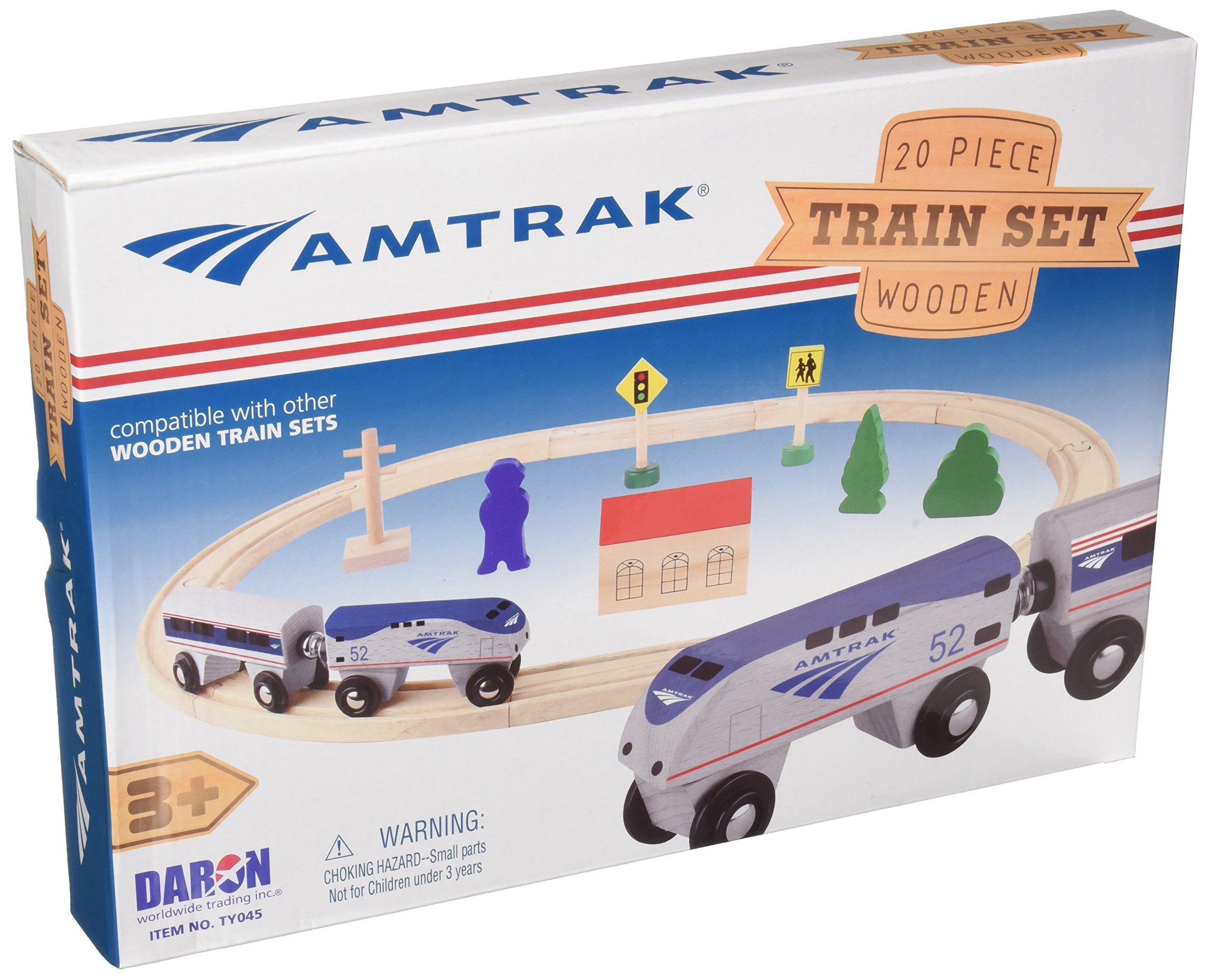 Daron Worldwide Trading Daron Amtrak Wooden Train Set (20 Piece)