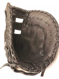 Easton Core Fastpitch Series COREFP3000BKGY 13 in 1B Mitt