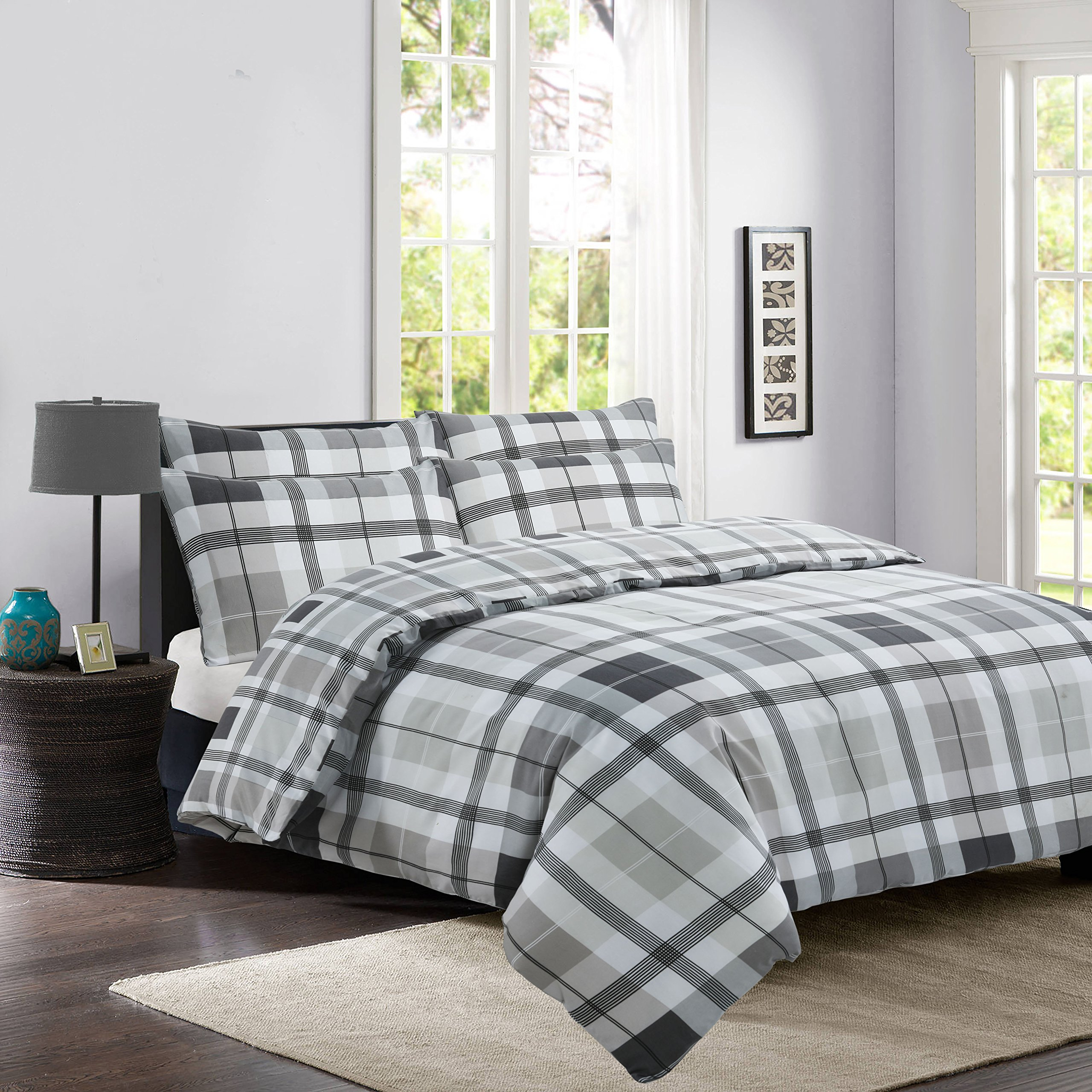 The Kingsford Everyday Luxury 7 piece Reversible Duvet Cover set with 2 Pillow Cases, 2 pillow shams & 2 Zippered pillow protectors, Egyptian Cotton Rich Percale Check Charcoal King