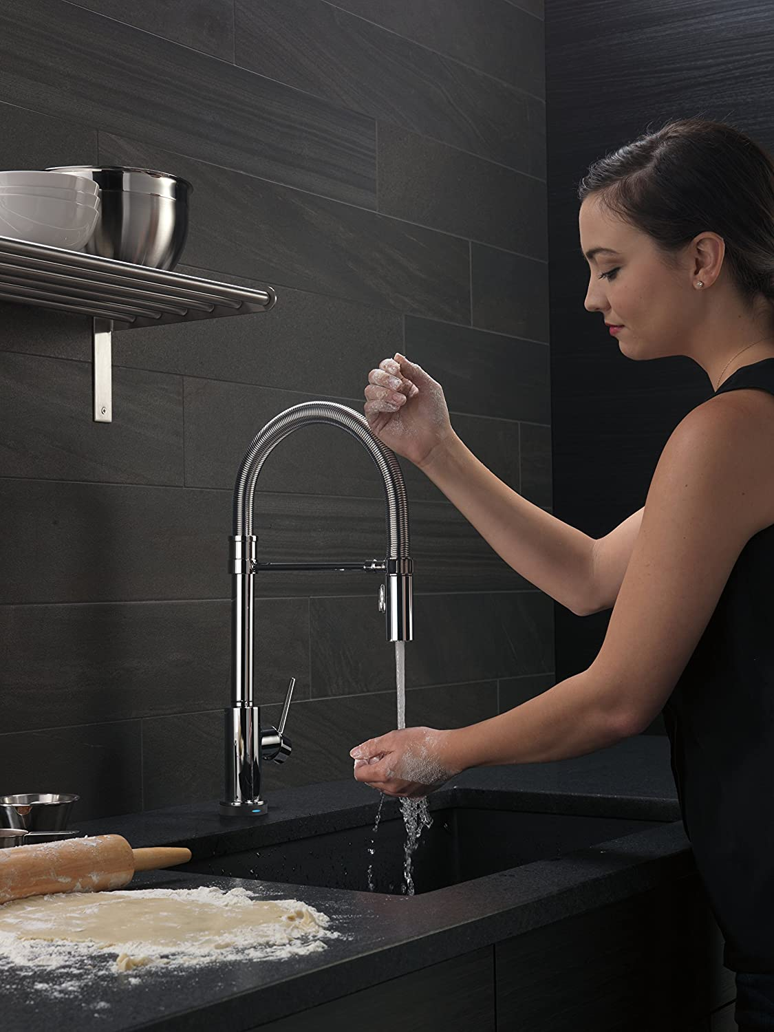 Delta Trinsic Pro Single-Handle Spring Spout Pull-Down Touch Kitchen ...