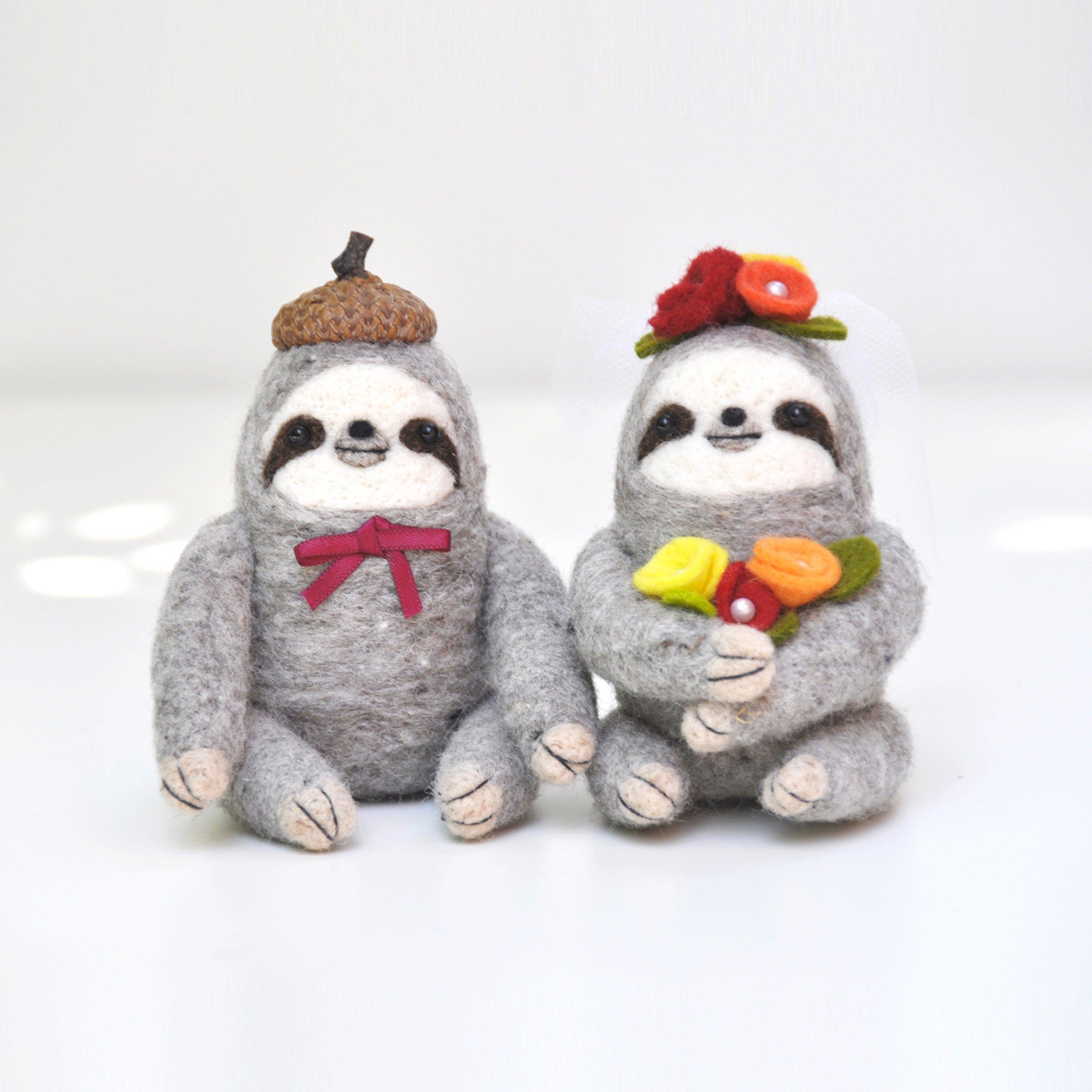 Needle felted Sloth Wedding Cake Topper, Sloth figurines, Sloth gift