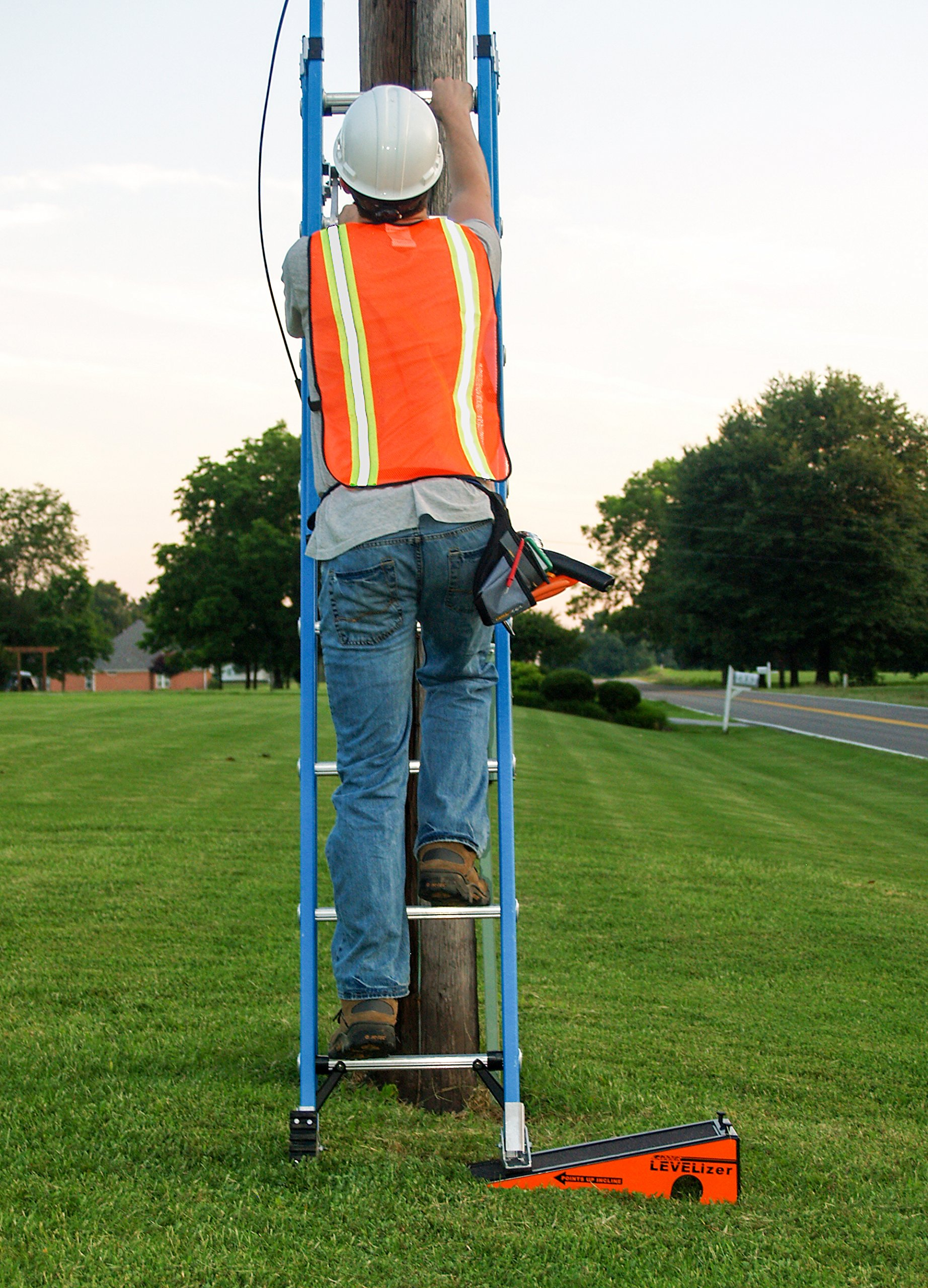 The Levelizer: Fast, Safe, & Easy Ladder Leveling by Advance Inventions LLC (Image #5)