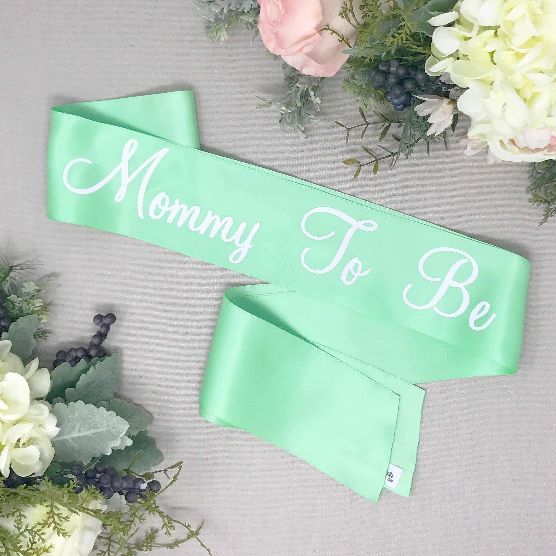 Mommy To Be Sash - Green Satin Sash - White ''Mommy To Be''