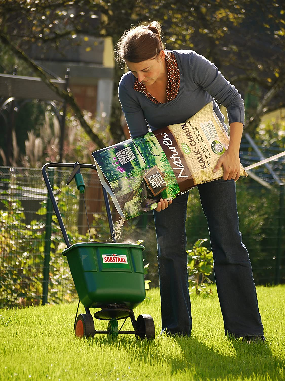 Substral EasyGreen Universal Centrifugal Broadcast Spreader