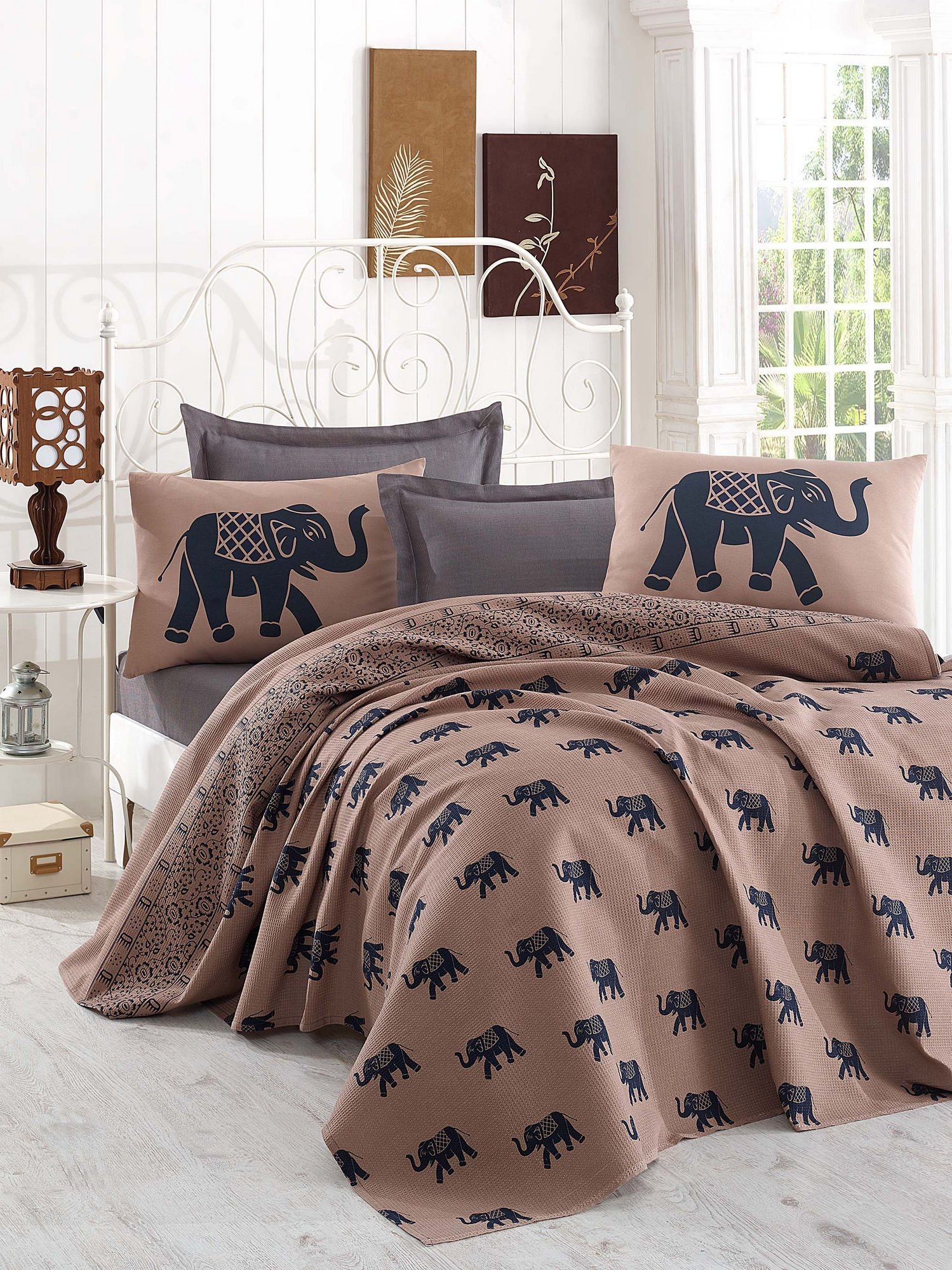 LaModaHome Luxury Soft Colored Full and Double Bedroom Bedding 100% Cotton Coverlet (Pique) Thin Coverlet Summer/Elephant Animal Safari Big Grey and Brown Design /