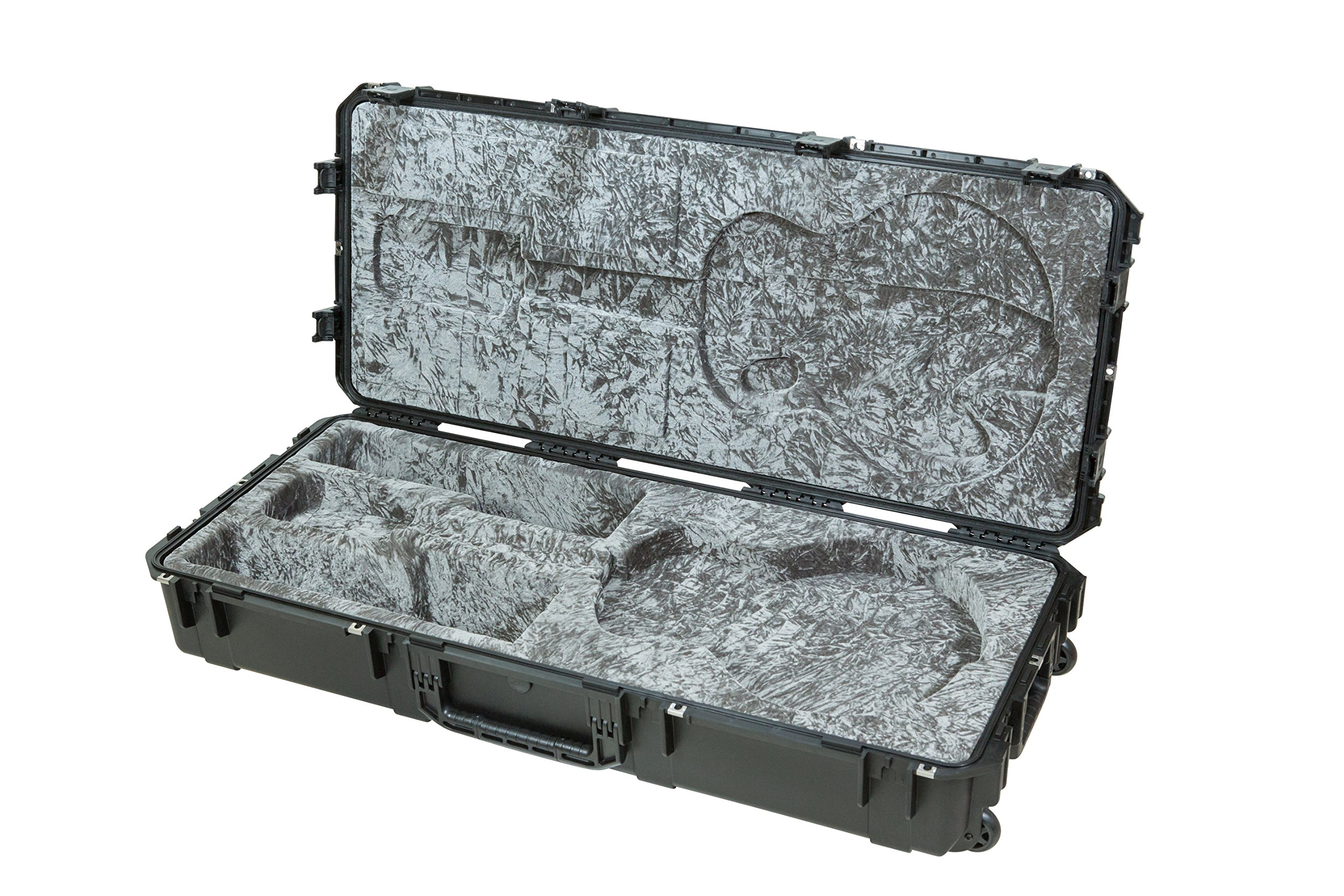 SKB 3i-4719-35 Injection Molded 335 Type Guitar Case with Wheels by SKB